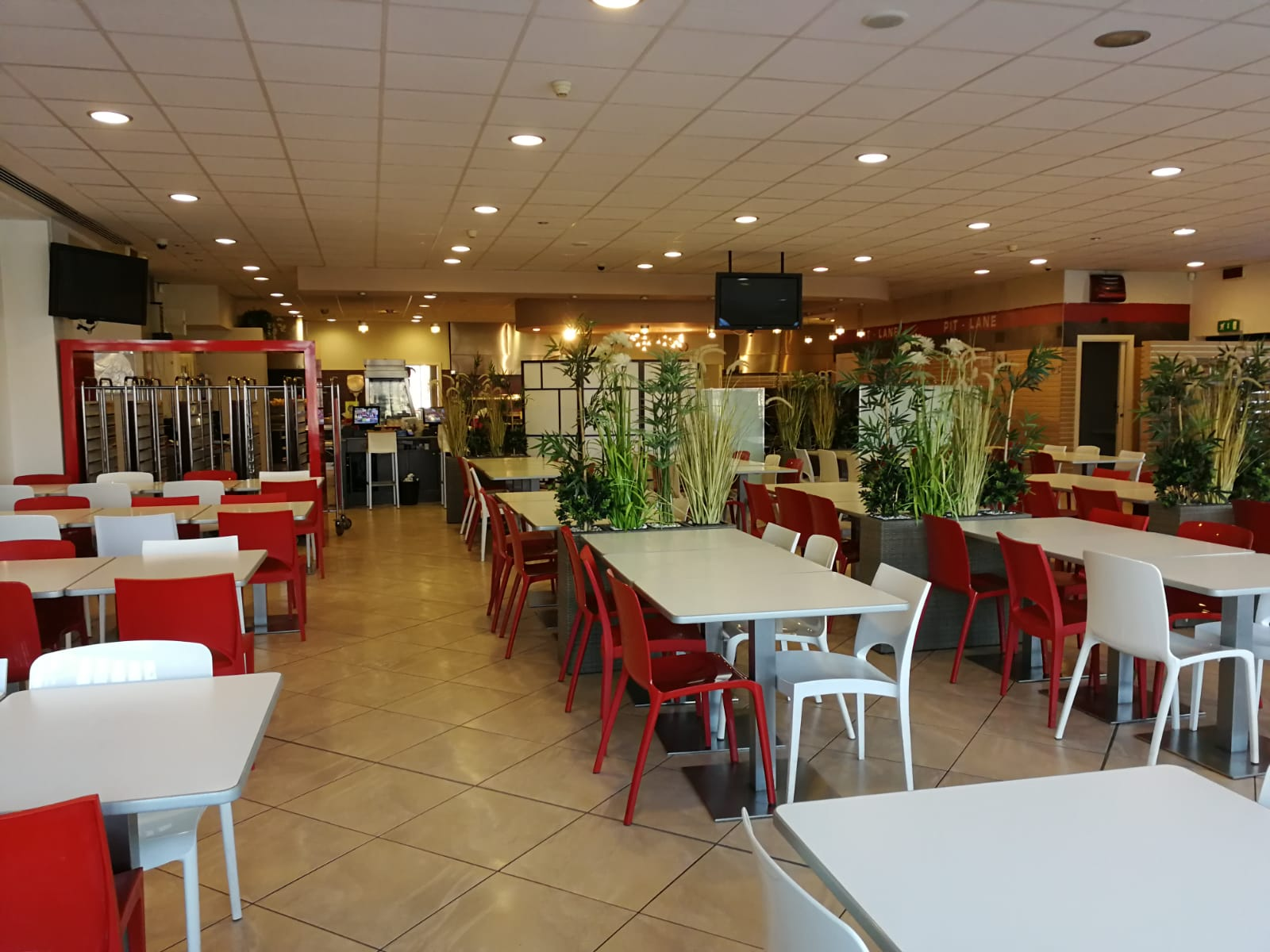 ristorante pit lane